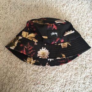 Stussy floral bucket hat